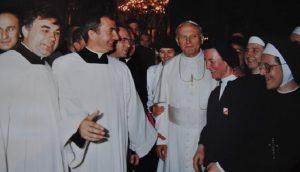 Św. Jan Paweł II a życie konsekrowane
